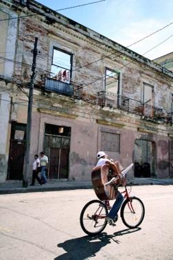 The double bass, Cuba